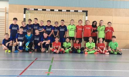 D-Mädels: Futsal-Test gegen die Jungs aus dem Kahlgrund