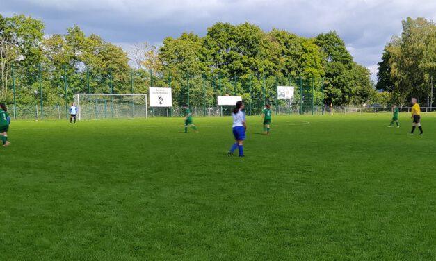 B-Juniorinnen: Kantersieg zum Saisonstart in der Bezirksoberliga