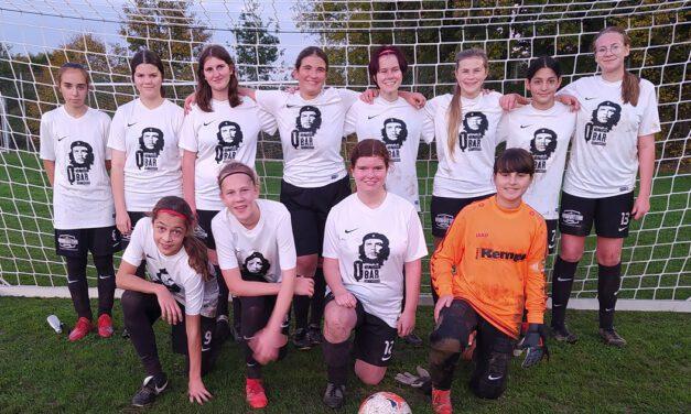 C-Juniorinnen: Unentschieden gegen Jungs