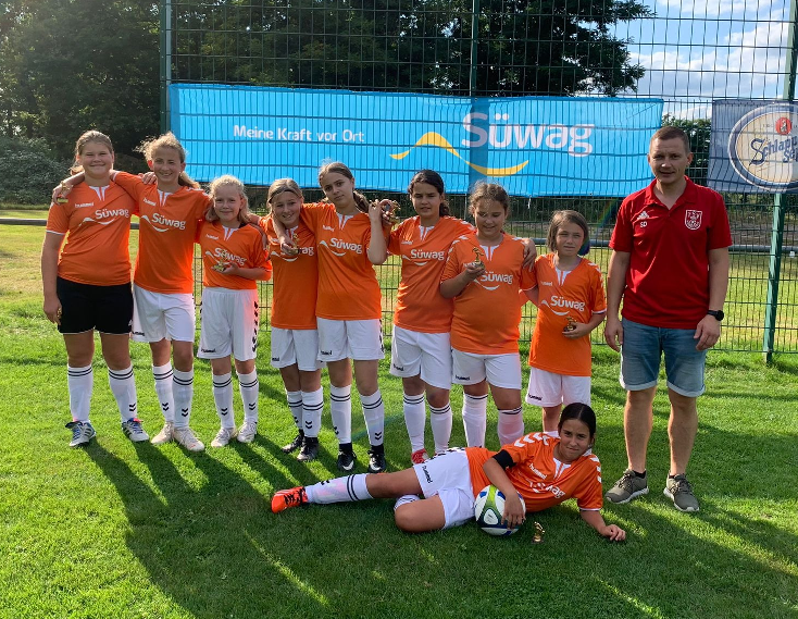 D-Juniorinnen gewinnen SÜWAG-Cup